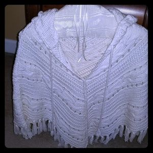 Gap fringed pullover hooded shawl